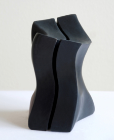 Play Card by Viven Chiu, Sculptor