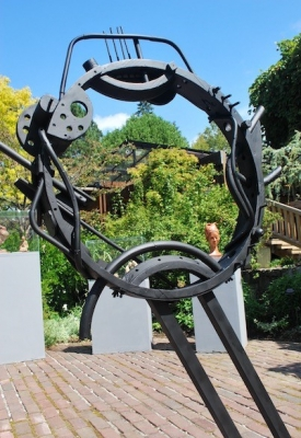 Circle of Bill by Bill Thomson, sculptor